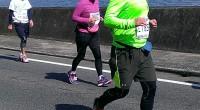 前日の雨が上がって、2月21日(日)はマラソン日和でした。 去年初めて福山の10キロマラソンに参加し、 無謀にも今年はハーフマラソンに参加しました。 田尻の海をバックに余裕を見せていましたが、 最後の3キロ辺りで少し疲れが出たそうです。 膝が痛み、歩いたり走ったりを繰り返しました。 記録は、2時間22分35秒 何とか完走できたので、完走証をいただきました。  ...