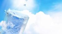 私たちの身体の60-70%ほどが水であることは、よく知られている事実ですが、 最近、水には記憶する能力があるということを本や映画で紹介されているのを ご存知でしょうか。 水に「愛」や「感謝」の言葉をかけると美しい結晶が作られ、 逆に罵るような言葉をかけると結晶が崩れるそうです。 昔、読んだ本で、寝る前に「今日も1日ご苦労様。」と 身体の色々な部位をいたわって ...