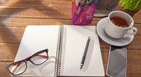 去年から、文章に書き慣れる練習とか、気持ちの整理をするためとかで、 ミニマリストの筆子さんもやっているモーニングページを取り入れていました。 たくさんあった景品のボールペンや書き残しのノートを消費する目的もあったし。。。 ごちゃごちゃした頭の中も整理したいという希望もあったので。 以下は、モーニングページの説明している筆子さんのサイトです。 https:// ...