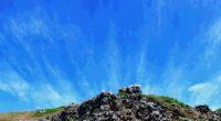 7月に連休、8月にお盆休みが控えているので、ちょっと遠出したいなと考えたとき、 思い出す場所が、世界自然遺産の小笠原諸島でした。 以下をクリックすると、小笠原村観光局のサイトにジャンプします。 https://www.visitogasawara.com/ 5年ほど前に、半化石の白くて大きな貝殻が無造作に砂浜に転がっている写真を見て、 日本にもこんな場所があ ...